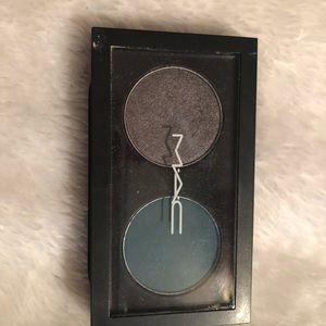 Mac dual eyeshadow